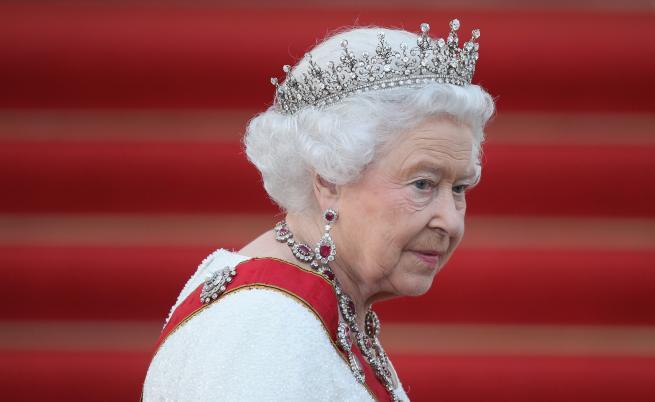 10 малко известни факти за кралица Елизабет II