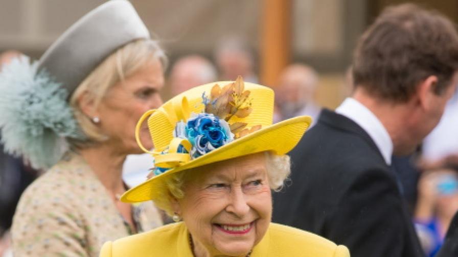 Елизабет II продава собствена марка джин