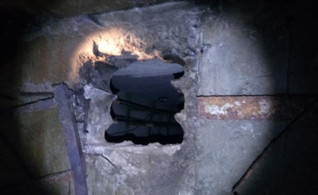 Умишлен пожар едва не остави половин София без ток