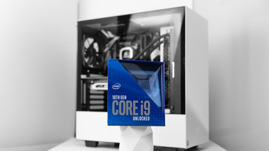Intel с нов план да запази Закона на Мур