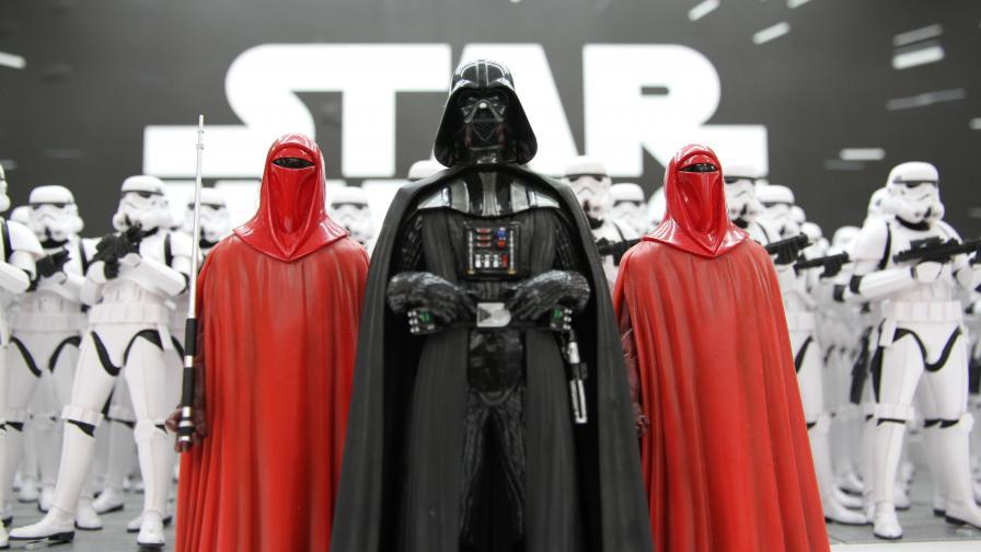 """Фенове по целия свят отбелязват Деня на """"Междузвездни войни"""""""