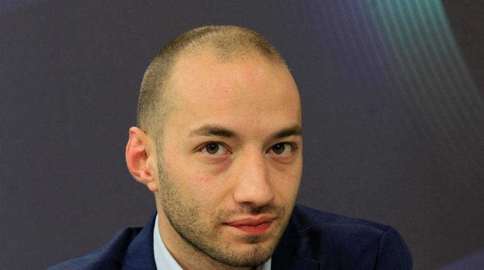 Димитър Ганев: Мангъров е възможен заради успеха на...