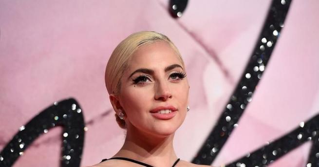 Популярната американска певица и актриса Лейди Гага сподели своя снимка