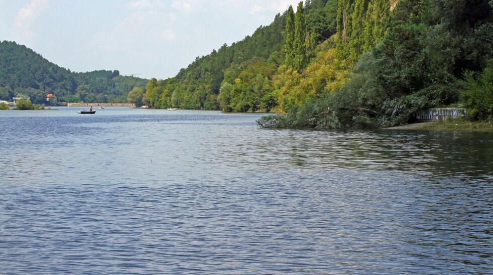 Рибари откриха труп на жена в Панчаревското езеро...