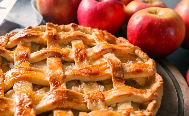 Петъчно изкушение: Как да си направим ябълков пай