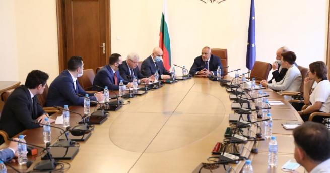 Бойко Борисов поиска подкрепа за нов дизайн на мярката 60/40.