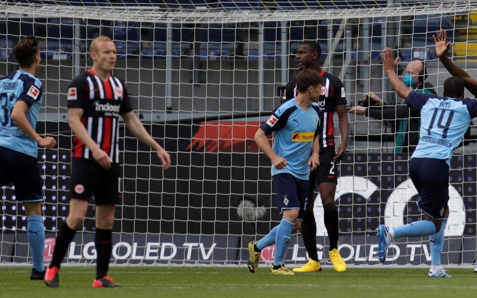 Айнтрахт Франкфурт губи с 0:2от Борусия Мьонхенгладбах в последния мач
