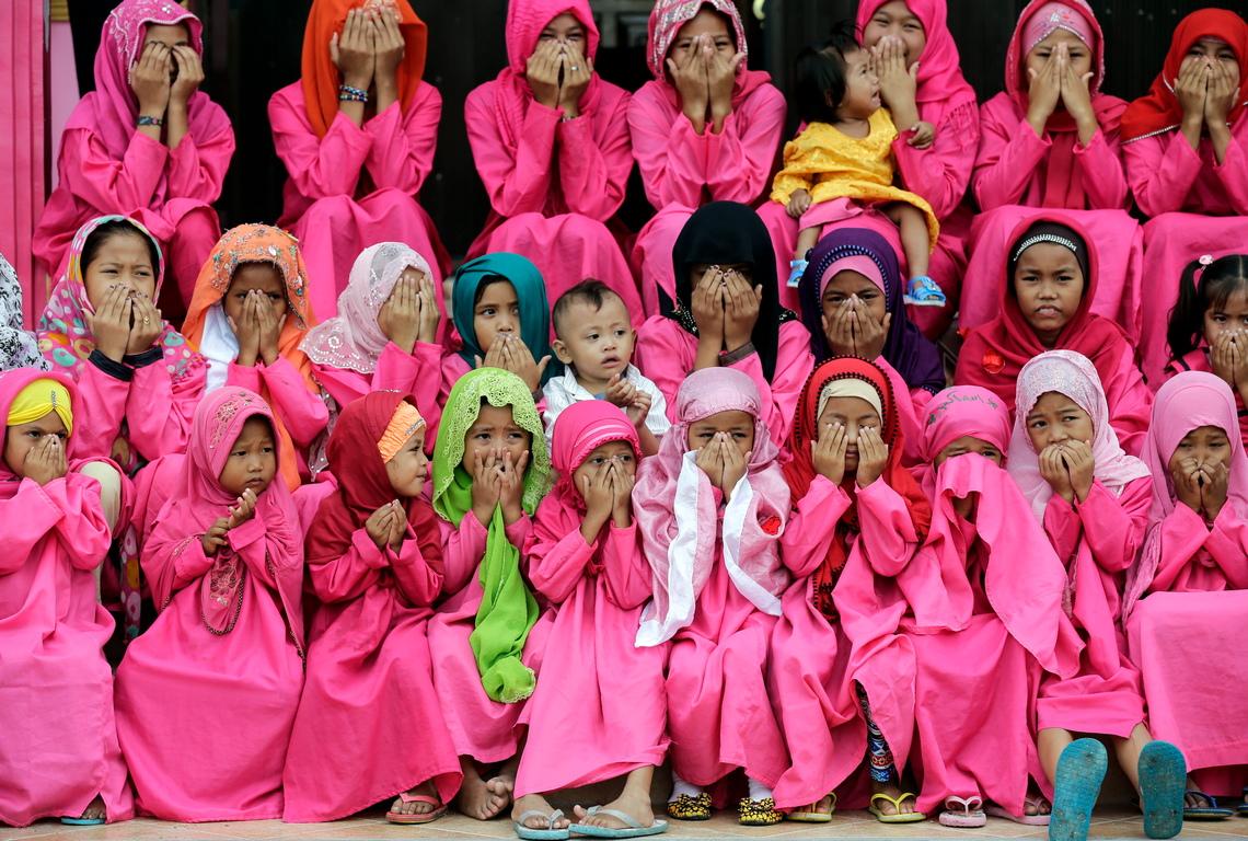 <p>Розовото успокоява нашите емоционални енергии, премахва гнева, агресията, чувството за самота и тормоз.</p>