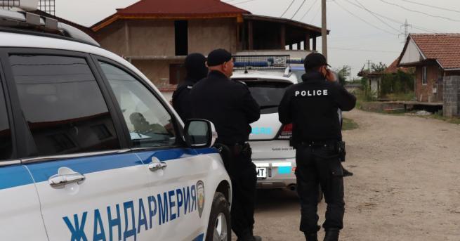 Полицията в Хасково и Димитровград са провели акция срещу битовата
