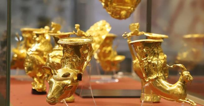Оригиналното Панагюрско съкровище и най-старото обработено злато в света, намерено