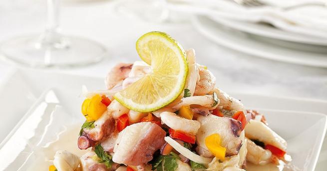Севиче е повече от перуанско рибно ястие. През 2004 г.