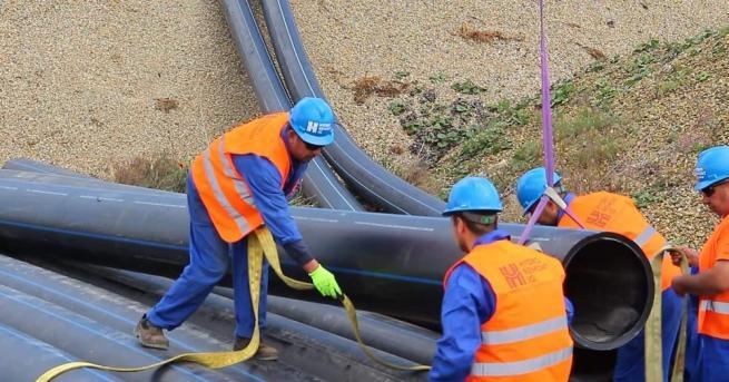 ВиК-Варна няма вина за скъсания водопровод и замърсяването във Варненското