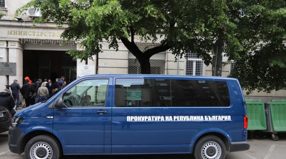 Зам.-министър Живков е задържан, участвал в...