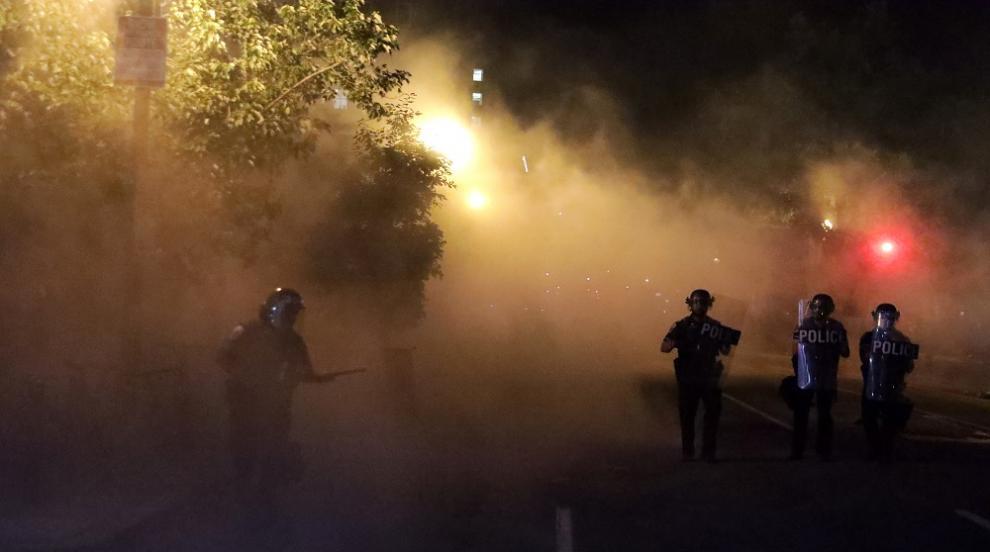 Китайски медии сравняват насилието в САЩ с това в...