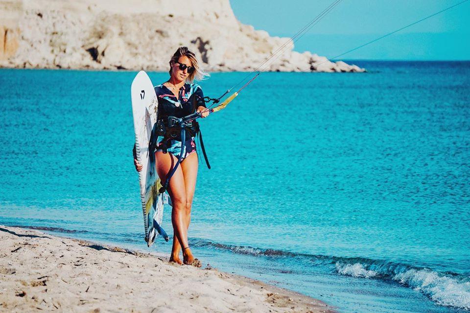<p>През летния сезон кара кайт сърф и промотира Сърфшоп Бургас.</p>