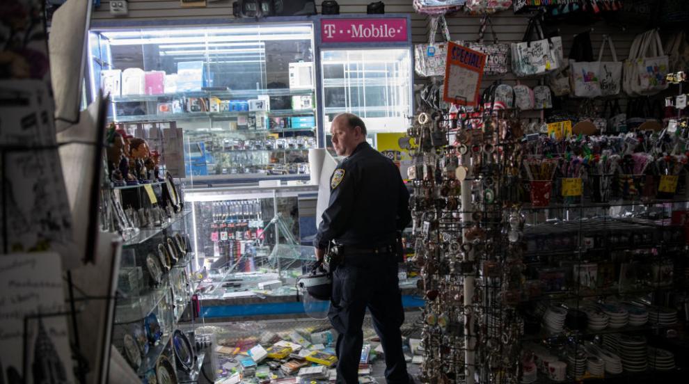 Полицейският час в Ню Йорк се удължава до неделя...