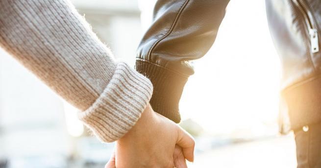 Актьорът Джан Яман и моделката Демет Йоздемир отново са заедно!