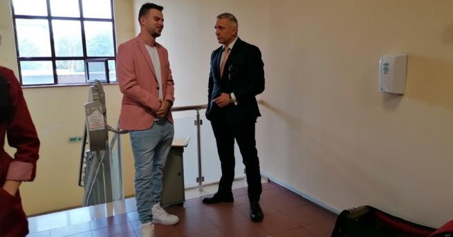 Братът на певицата ЛиЛана - Александър Деянов, познат като бийтбоксъра
