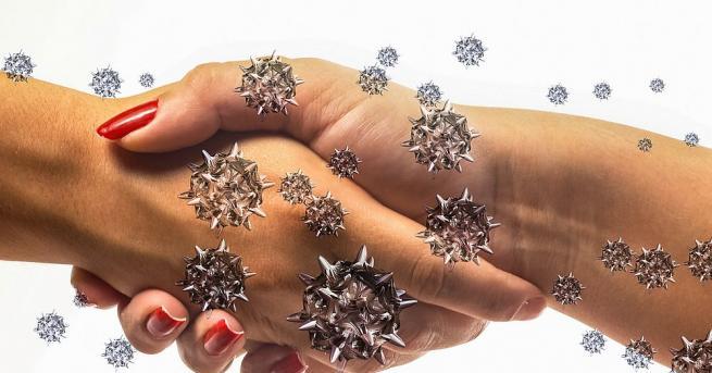 Коронавирусът остава жизнеспособен върху човешките ръце около десет минути, след