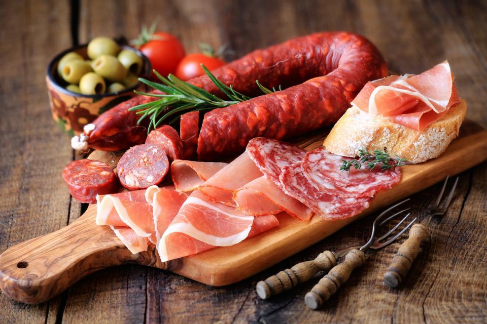 месо колбаси салам тапас Испания храна