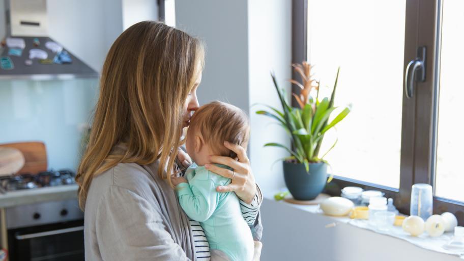 Коликите - как да помогнем на бебето (и на себе си)