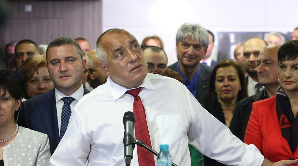 Премиерът: Президентът ме следи с дрон в Бояна (ВИДЕО)