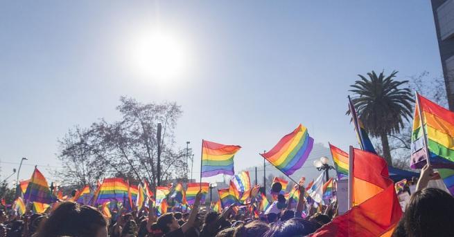 По традиция юни e месец на шествия за равни права