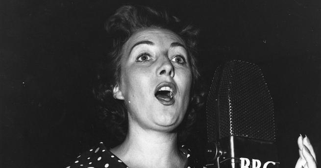 На 103-годишна възраст почина британската певица Вира Лин, получила голяма
