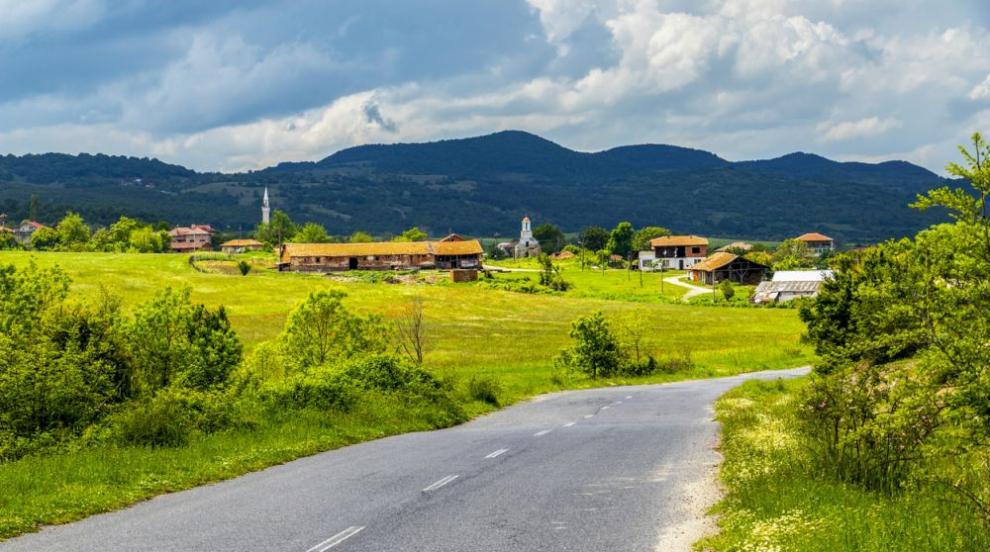 Какъв е животът в селото на милионерите (ВИДЕО)