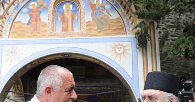 Премиерът Бойко Борисов бе на посещение в Рилския манастир. Той