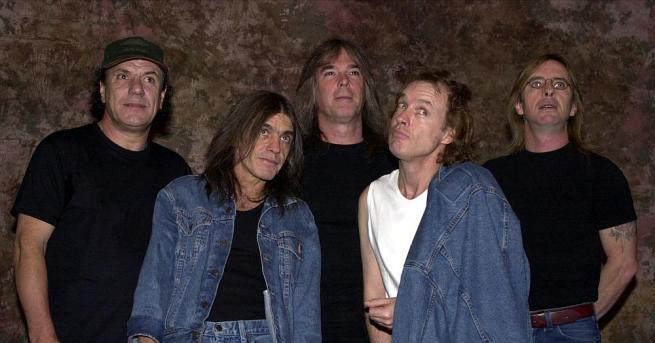 Австралийската рок група AC/DC планира да пусне пъзели, базирани на
