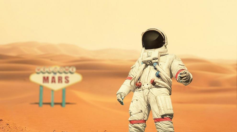 Човечеството няма да може да живее на Луната и Марс