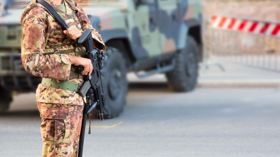 Италианска армия срещу протестиращи български роми край Неапол