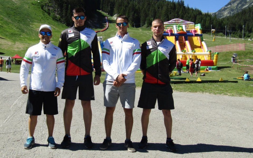 Националите по ски начело с Алберт Попов се включиха в