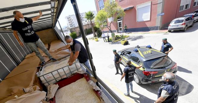 Италианската полиция съобщи, че са задържали 14-тона амфетамини, произведени от