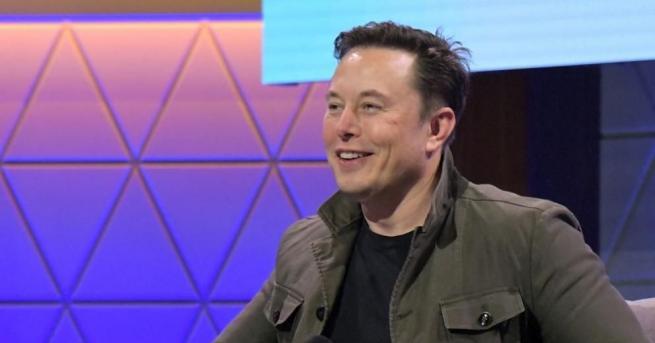 """Предприемачът и основател на компаниите """"Tesla"""" и """"SpaceX"""" Илън Мъск"""