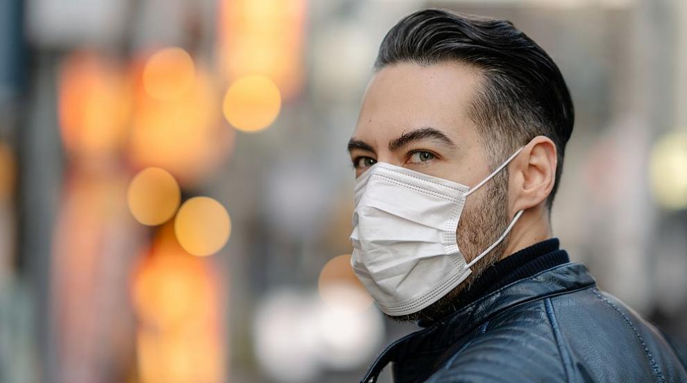 Доколко и как ни предпазват маските от заразяване с...