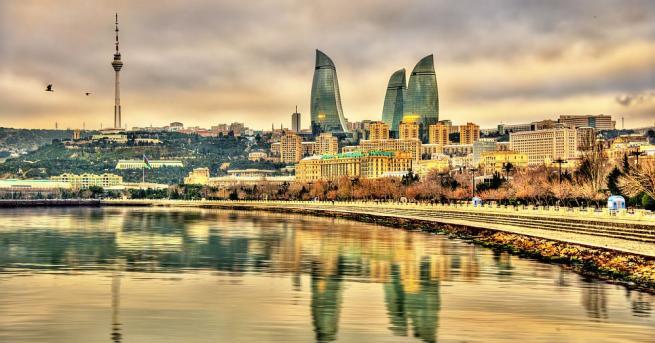 Азербайджанската армия беше разположена в петък, за да помогне на