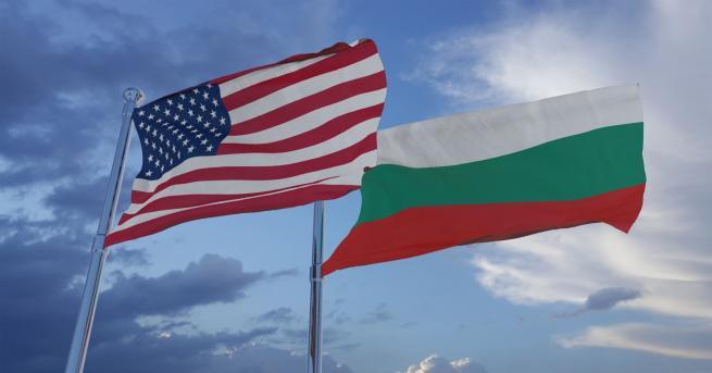 България Борисов и Радев изпратиха поздравителни адреси до президента Доналд