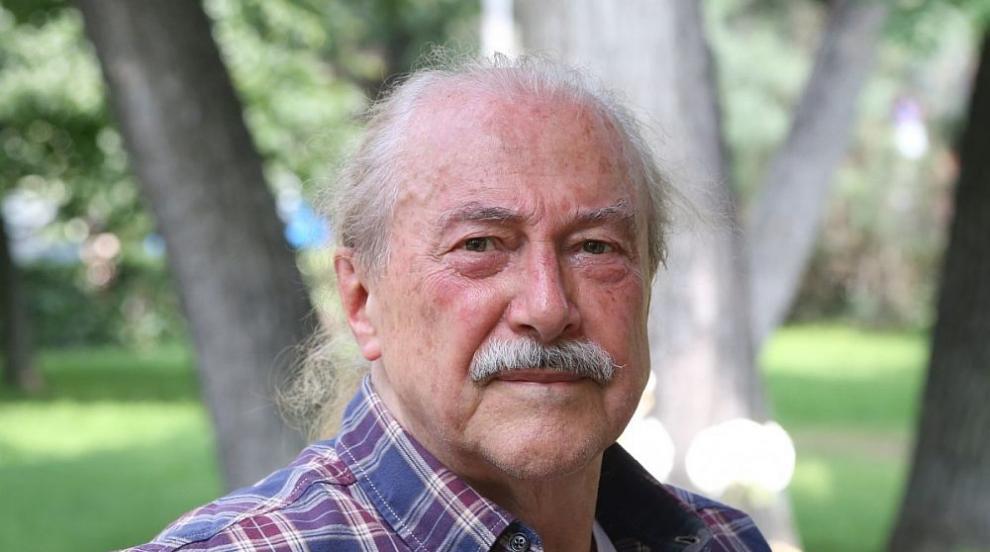 Кирил Маричков: Пиша книга и продължавам да сънувам...