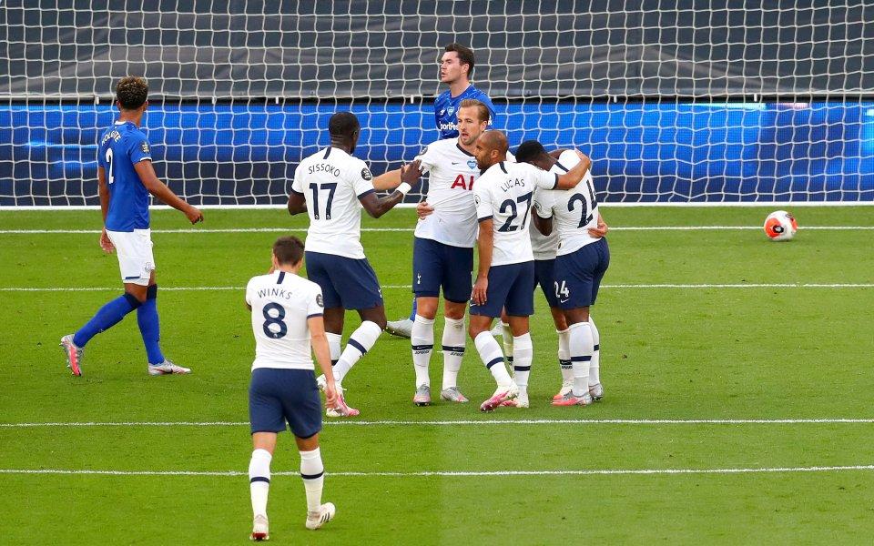 Отборът на Тотнъм постигна минимална победа с 1:0 над Евертън