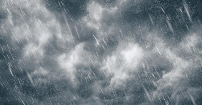 България Мощна буря удари София тази нощ Десетки сигнали за