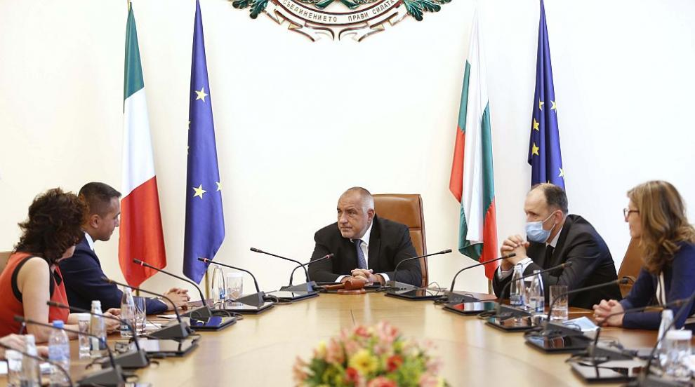 Борисов към италианския външен министър: Заедно...
