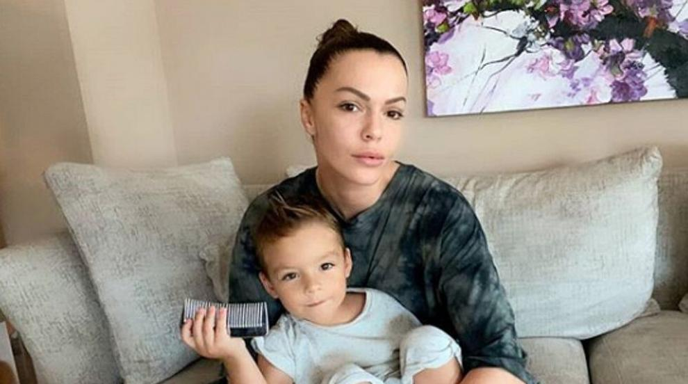 Галена и синът ѝ са с COVID-19, заразила се е след...