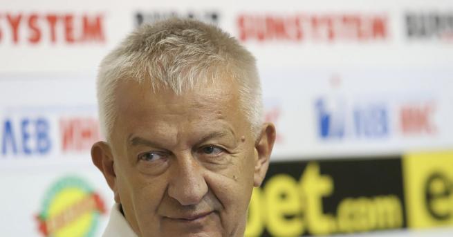 Собственикът на Локомотив Пловдив - Христо Крушарски, коментира парите от