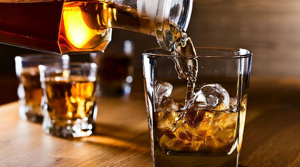 Топ 10 на най-продаваните марки уиски (ВИДЕО)