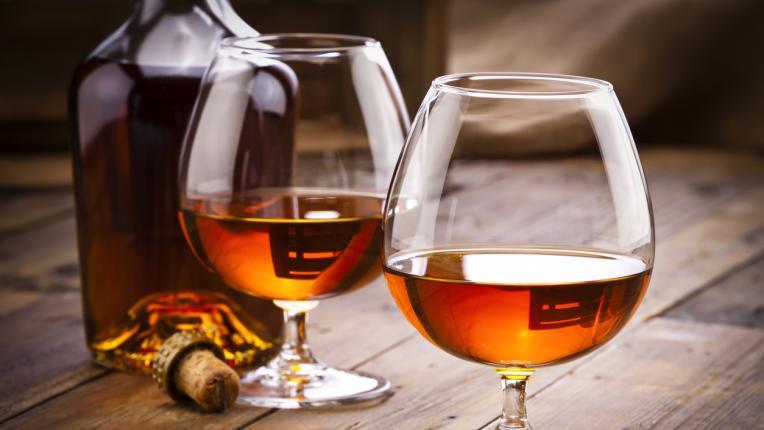 5 алкохолни напитки, които е добре да избягвате през лятото