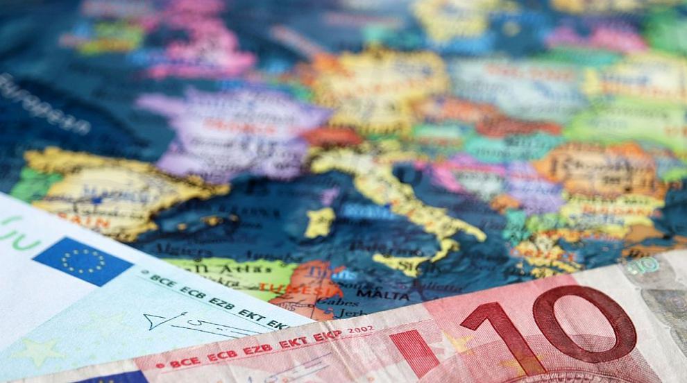 Приемат България в чакалнята на Еврозоната, обявяват го този уикенд