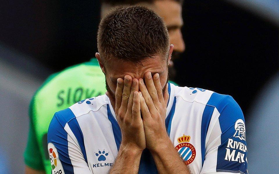 Един от символите на испанския футбол – Еспаньол, изпадна от
