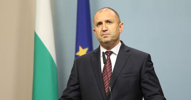 Президентът Румен Радев поиска оставка на правителството на Бойко Борисов